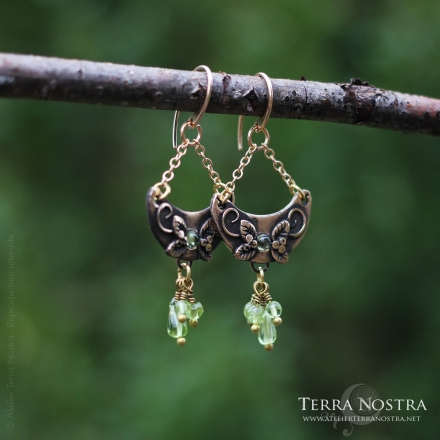 """Oya"" earrings — Peridot"