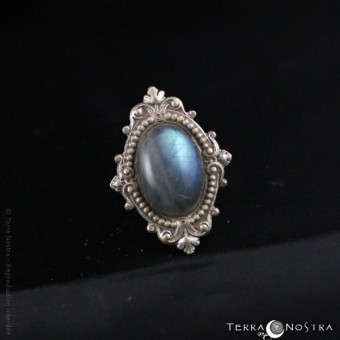 """Intalys"" adjustable ring"